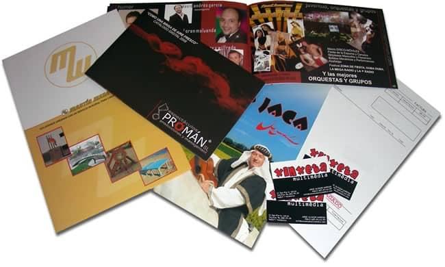 Catálogos, folletos, tarjetas y material de papelería